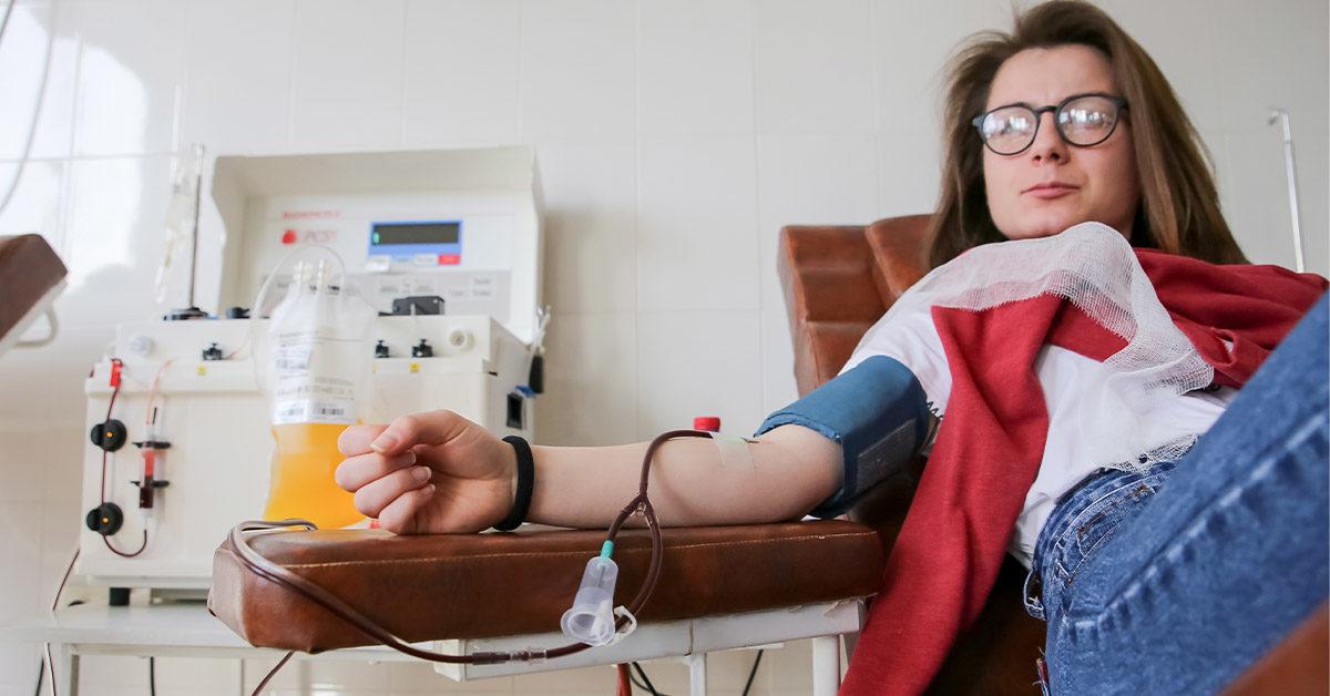 التبرع بالدم.. المنافع والأضرار - اضطراب قدرة الدم على أداء وظيفة النقل - هل يمكن لأي شخص القيام يعملية تبرع بالدم - فقر الدم المنجلي