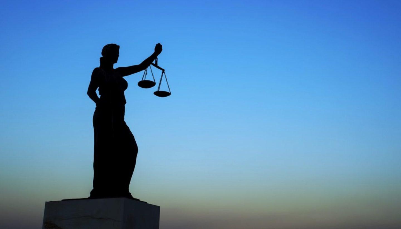 البوصلة الأخلاقية لدى الملحدين والمؤمنين: تشابه أم تعارض؟