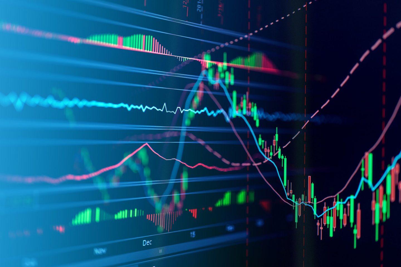 ما الفرق بين الأسهم الدورية وغير الدورية؟