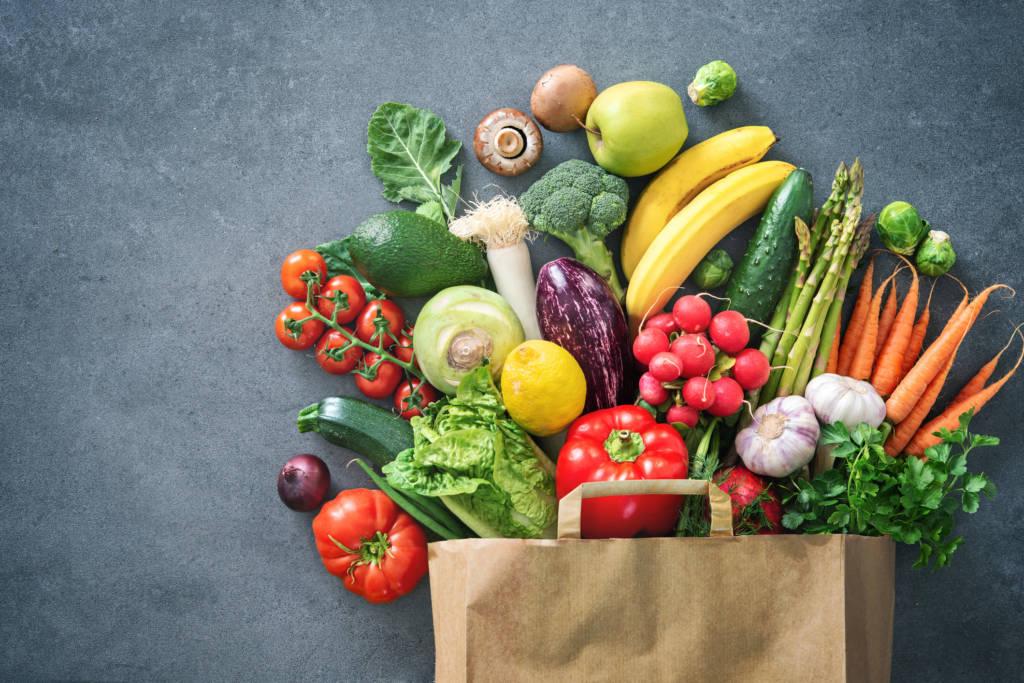 هل يجب علينا اتباع نظام غذائي عضوي؟