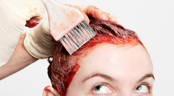 هل تزيد صبغات الشعر مخاطر الإصابة بالسرطانات - خطر الإصابة بسرطان المبيض وبعض سرطانات الثدي والجلد نتيجة استخدام صبغات الشعر - الإصابة بالسرطان