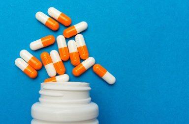 الذكاء الصناعي يكشف مضادات حيوية جديدة للتغلب على مقاومة العقاقير - زيادة مقاومة الجراثيم المُمرضة للمضادات الحيوية - البكتيريا المقاومة
