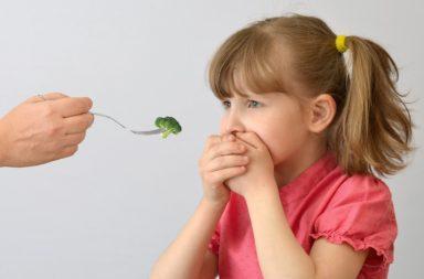 ما الفرق بين طبيعة الأكل الانتقائية و اضطراب الطعام الاجتنابي أو المحدد ؟ لما قد يكون شخص ما صعب الإرضاء عندما يتعلق الأمر بالطعام؟