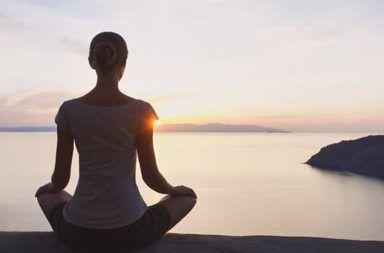 ماذا يقول العلم عن تأثير التأمل التأمل التركيزي تقليل الألم علاج القلق الضيق التعامل مع الضغط تجسين الضبط النفسي التخلص من الإدمان التّأمل
