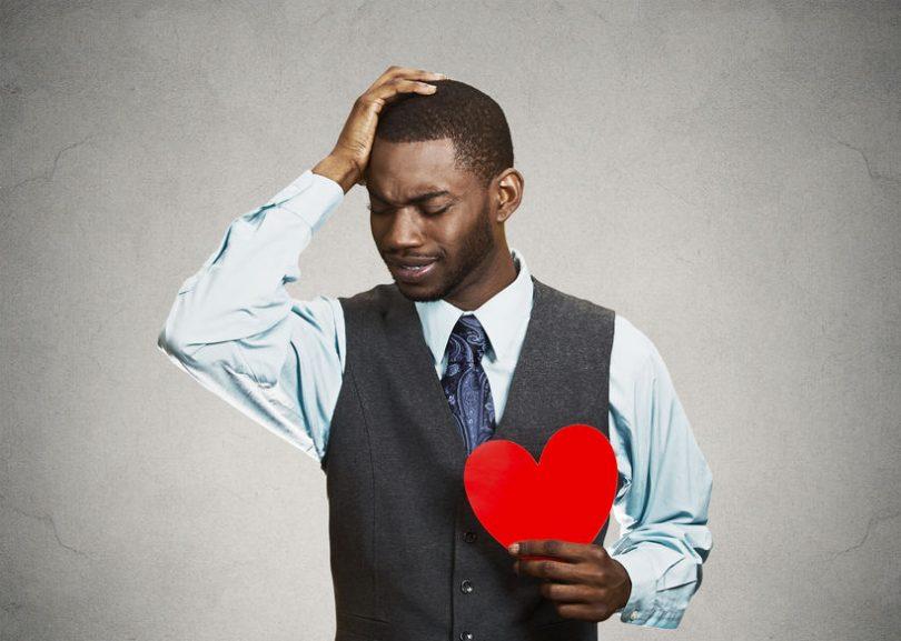 هل تخاف الوقوع في الحب مرة أخرى؟ إليك خمس طرق للمساعدة - الخوف من الوقوع في الحب - أساليب وطرق المواعدة عبر الإنترنت - علاقة عاطفية عبر الإنترنت