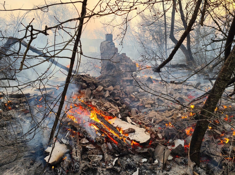 ارتفاع مستوى الإشعاع إلى ستة عشر ضعفا حول تشرنوبل بسبب حرائق الغابات المجاورة