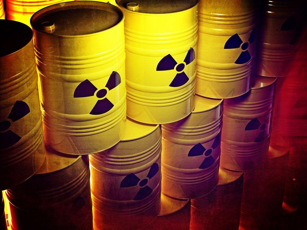 لماذا لا نرسل النفايات النووية إلى الشمس أو القمر - لماذا لا يتخلص البشر من النفايات النووية عبر أخذها إلى خارج الأرض - إرسال النفايات خارج الأرض