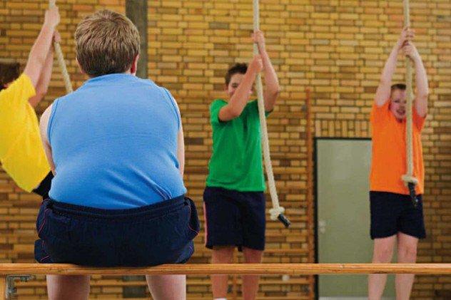 التمييز تجاه المراهقين من ذوي الوزن الزائد ينبئ ب مشاكل عاطفية