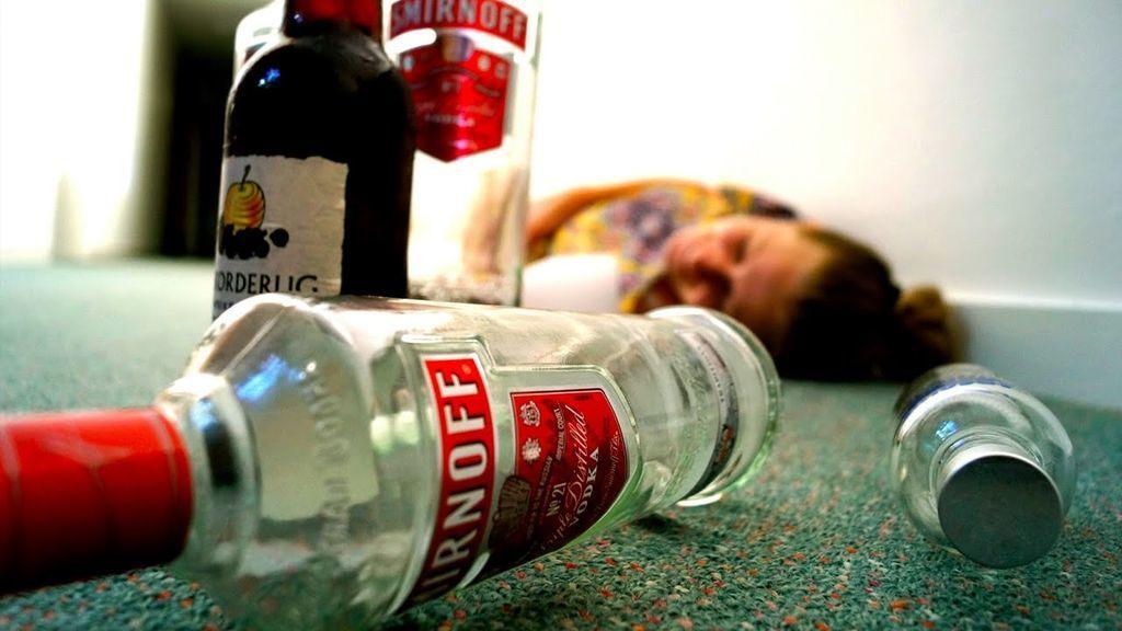 الحلقة السابعة من سلسلة الإسعافات الأولية كيف تتعامل مع التسمم الكحولي؟