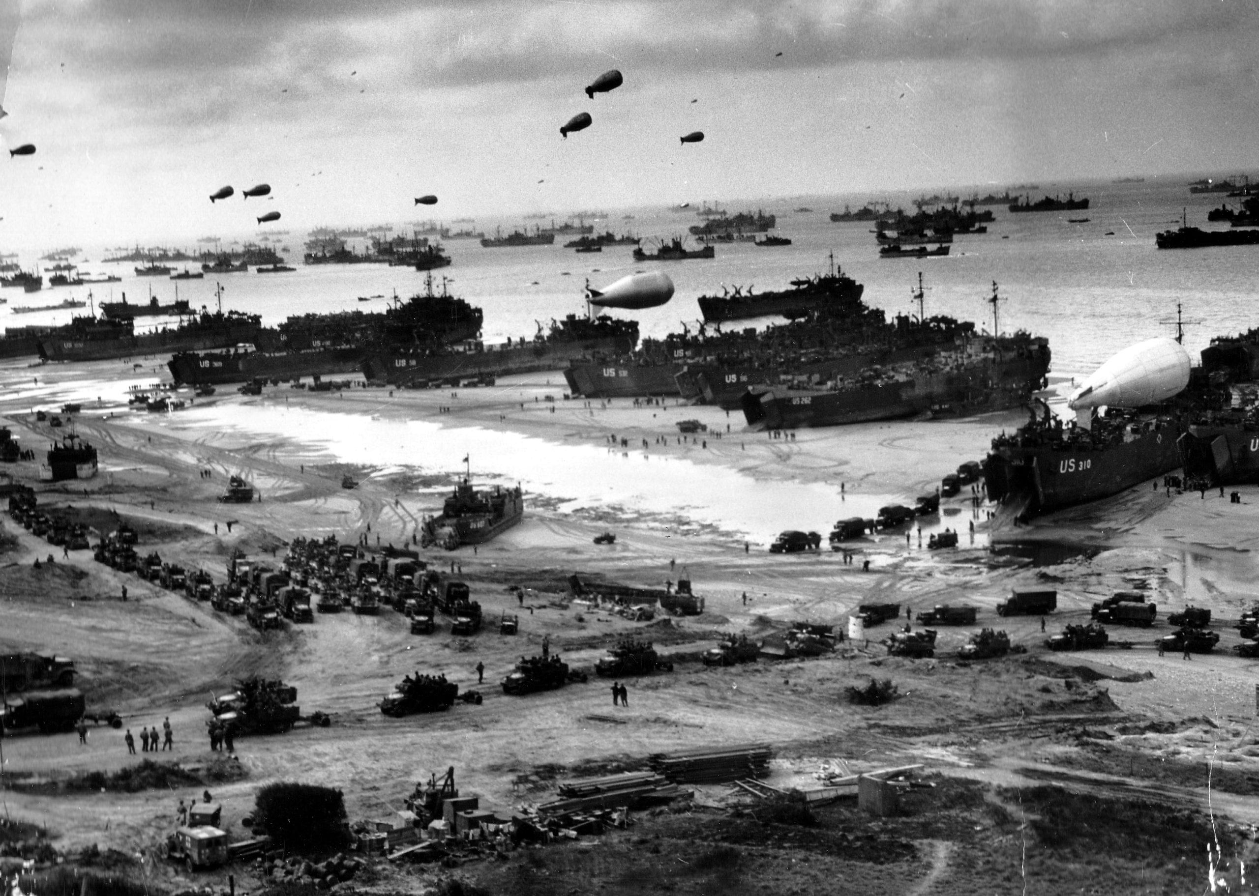 عملية - عمليات النزول على ساحل النورماندي - غزو كبير عبر القناة الإنكليزية - تحرير الحلفاء لغرب أوروبا من سيطرة ألمانيا النازية
