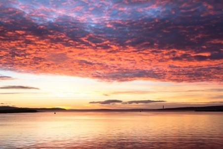 بحر الشمال قرب جزر أوركني: وهو الموقع المختار لمركز البيانات تحت الماء التابع لشركة مايكروسوفت