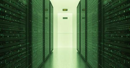 من داخل مركز بيانات تقليدي