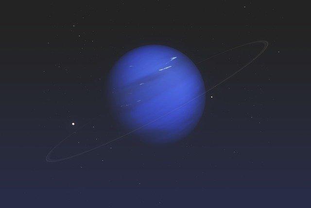 اكتشاف كوكب فائق السخونة يشبه نبتون يدور حول نجم شبيه بالشمس