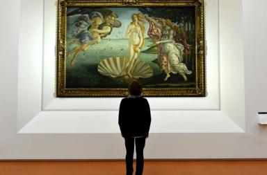 ما هي متلازمة ستندال وهل تعد حالةً نفسيةً حقيقية - الاضطراب الجسدي والعقلي بسبب النظر إلى جمال عمل فني - تأثير الأعمال الفنية العظيمة في النفس البشرية