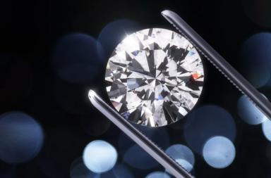 لأول مرة، العلماء يصنعون الألماس في المختبر من دون حرارة - تصنيع الماس مخبريًا - صنع نوعين مختلفين من الألماس بدرجة حرارة الغرفة وفي غضون دقائق