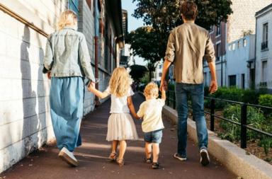 كيف يؤثر ترتيب ولادتك في حياتك المهنية - التسلسل الزمني لإخوتك - ما علاقة ترتيبك بين أخواتك بحياتك الأكاديمية في المستقبل - ترتيب الولادة
