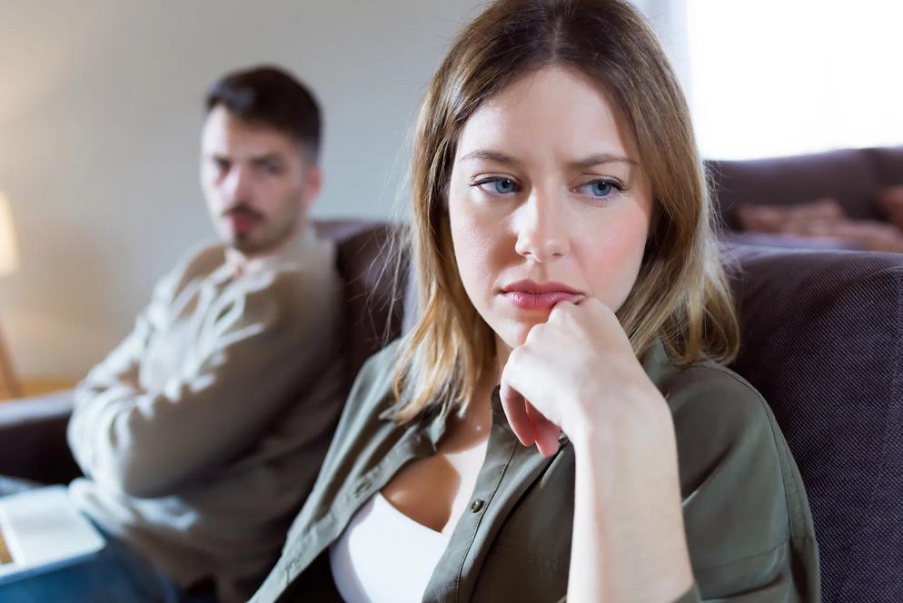 عشرة سلوكيات تدمر علاقتك عليك تجنبها
