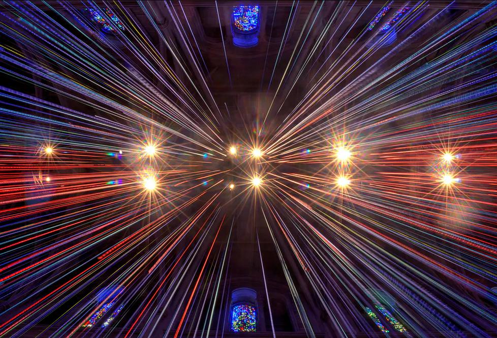 الانتقال بسرعة أكبر من سرعة الضوء ممكن بحسب نظرية آينشتاين
