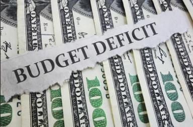 أي الدول تعاني أكبر عجز في الميزانية؟ - الدول التي تحتل المراتب الأولى في معدلات عجز الميزانية - اجاوز الإنفاق الحكومي للإيرادات