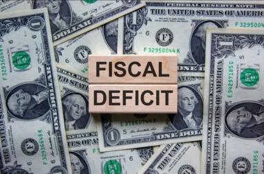 العجز المالي وآثاره في الاقتصاد - ما أثر العجز المالي في الاقتصاد؟ - عجز موازنة الولايات المتحدة - ما الحدود المفروضة على العجز؟