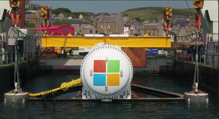 لماذا تخطط شركة مايكروسوفت لنقل مراكز بياناتها إلى تحت سطح الماء؟