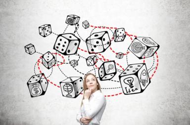 أساسيات نظرية الألعاب - التجسيد الفعلي للتفاعل الاستراتيجي بين منافسين أو أكثر ضمن موقف يضم نتائج وقواعد محددة - نظرية الاستراتيجية المثلى