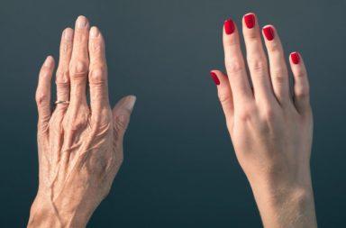هل يمكن لمزيج من الأدوية أن يعكس الشيخوخة البيولوجية ؟ - هل تغيرات الحمض النووي البشري المرتبطة بالعمر قابلة للحدوث باستخدام الأدوية