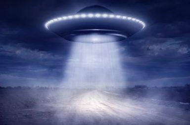 هل المخلوقات الفضائية موجودة حقًا، وكيف تُصنف الأجسام المجهولة الطائرة؟ هل الكائنات الفضائية موجودة فعلا في الواقع؟ وما الدليل على وجودها؟