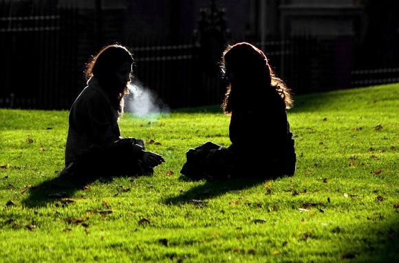 لماذا يصاب غير المدخنين ب سرطان الرئة ؟