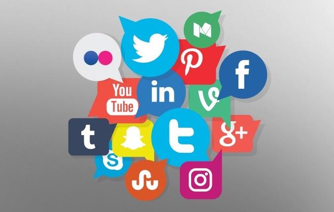 التسويق عبر مواقع التواصل الاجتماعي