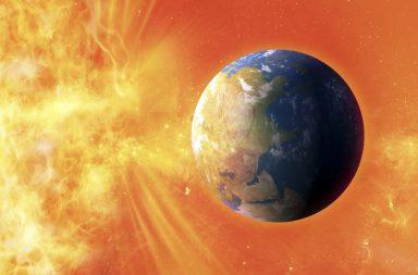 يزعم العلماء أن العواصف الشمسية المدمرة تضرب الأرض كل 25 عامًا! - العواصف الشمسية قوية بما يكفي لتدمر المعدات الإلكترونية عندما تضرب الأرض
