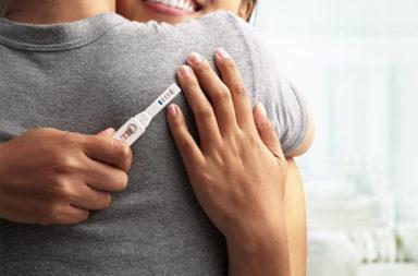 ست عشرة طريقة طبيعية لزيادة الخصوبة - تناول الأطعمة الغنية بمضادات الأكسدة - تناول كميات أقل من الكربوهيدرات المكررة - تخفيف شرب الكحول