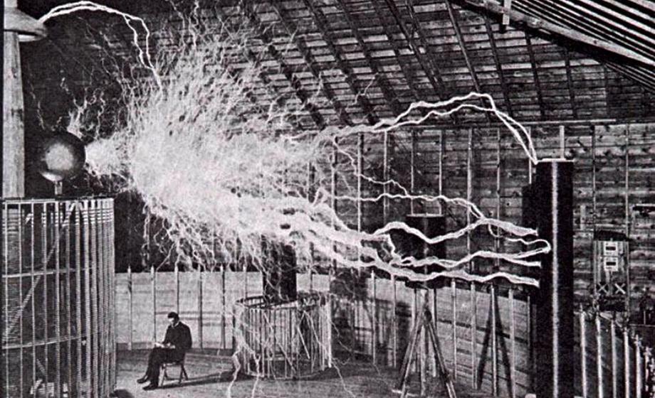كيف غير تسلا طريقة استخدامنا للطاقة - مخترع مصباح الكهرباء - شركة ويستنجهاوس إلكتريك - كيف غير تيسلا طريقة استخدام الكهرباء عبر التيار المتناوب