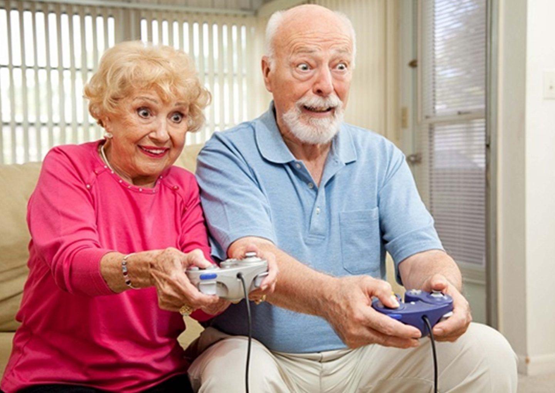 ما العلاقة بين ألعاب الفيديو والخرف؟