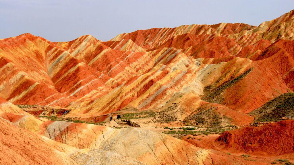 بعض الصخور هي ألواح شمسية طبيعية تحول الضوء إلى كهرباء