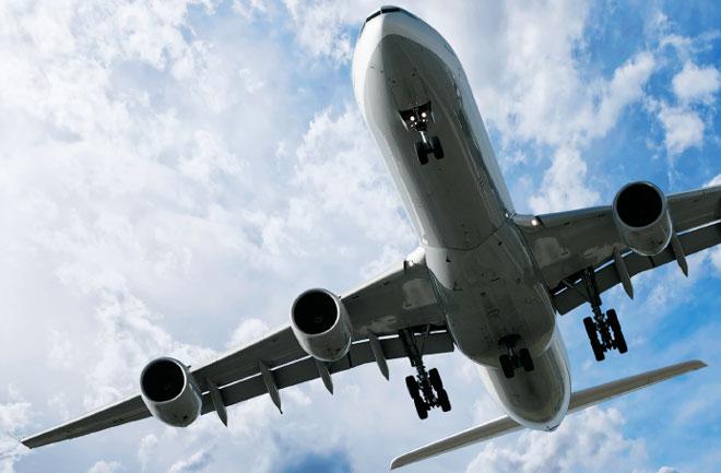 ما هي المطبات الهوائية، وهل هي خطيرة على الطائرات والركاب؟