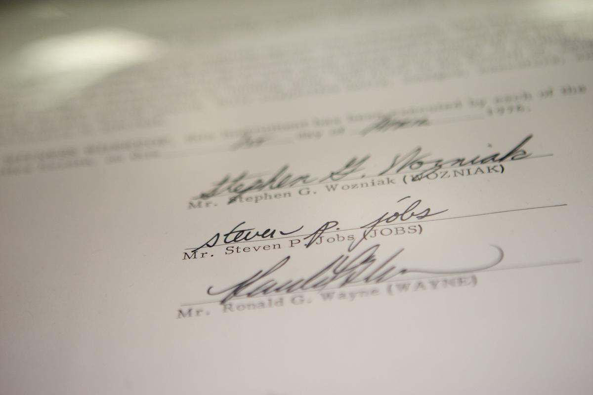 ما الشروط الواجب توافرها في اتفاقيات الشراكة - وثيقةً قانونية تحدد طريقة إدارة الأعمال وتفاصيل العلاقة بين الشركاء - النزاعات بين الشركاء