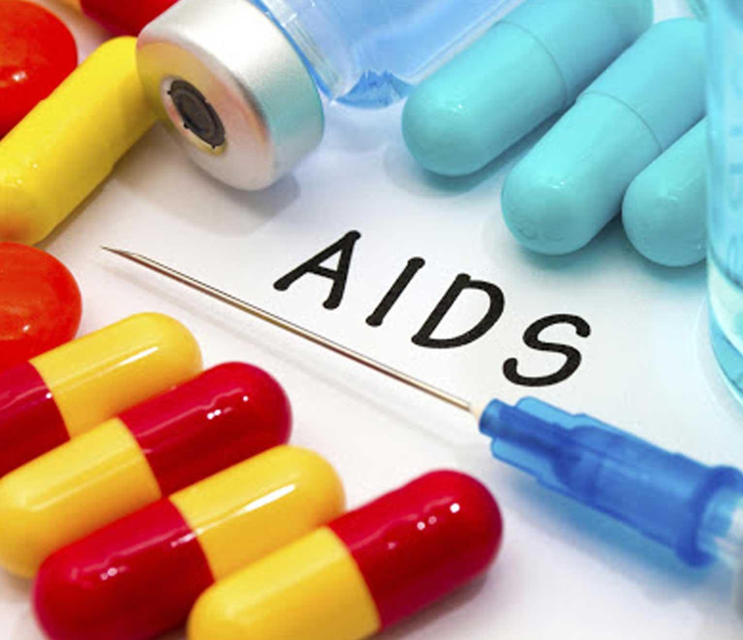 دواء جديد لفيروس العوز المناعي البشري يؤخذ على جرعتين سنويًا فقط - الدواء التجريبي الذي يسمى ليناكابافير - كبح عمل فيروس العوز المناعي البشري