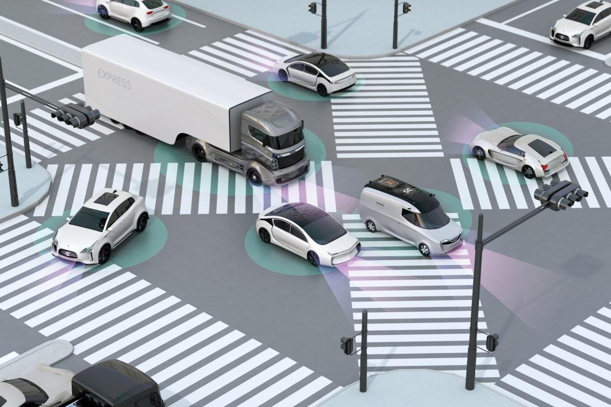 ما الدور الذي تلعبه خوارزميات التعليم الآلي في تعليم السيارات ذاتية القيادة؟ سيارات ذاتية القيادة تتعلم التحكم بتقليد غيرها