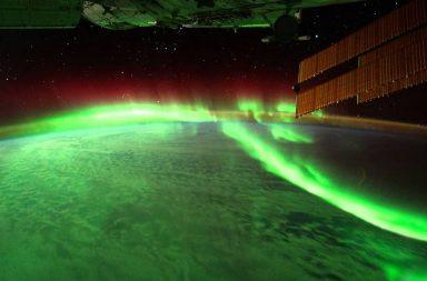 اكتشاف نوع جديد من الشفق القطبي في السماء الشمالية - نوع جديد غير مُكتشَف سابقًا من ظاهرة الشفق - الألوان في السماء - أضواء في سماء القطب