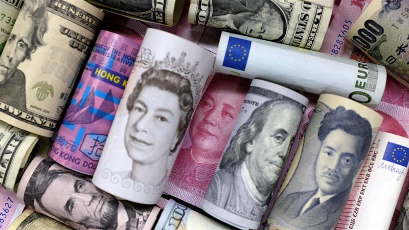 ما هو احتياطي العملات - احتياطي العملة هو كمية كبيرة من العملة تحتفظ بها الحكومة وغيرها من المؤسسات كجزء من احتياطي القطع الأجنبي