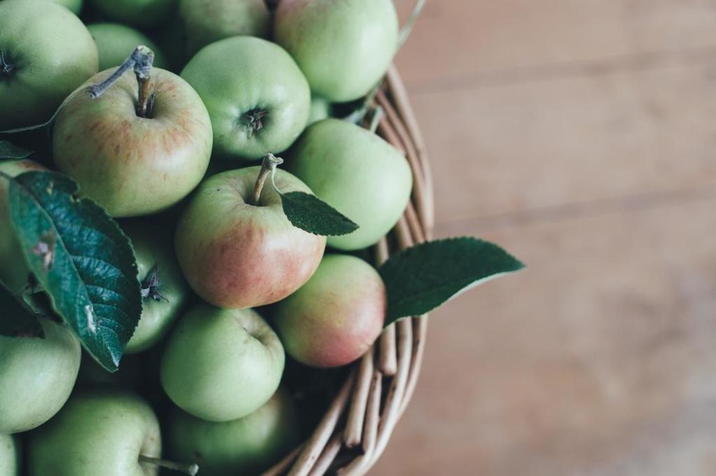 مركبٌ موجودٌ في التفاح يمكن أن يبطئ الشيخوخة