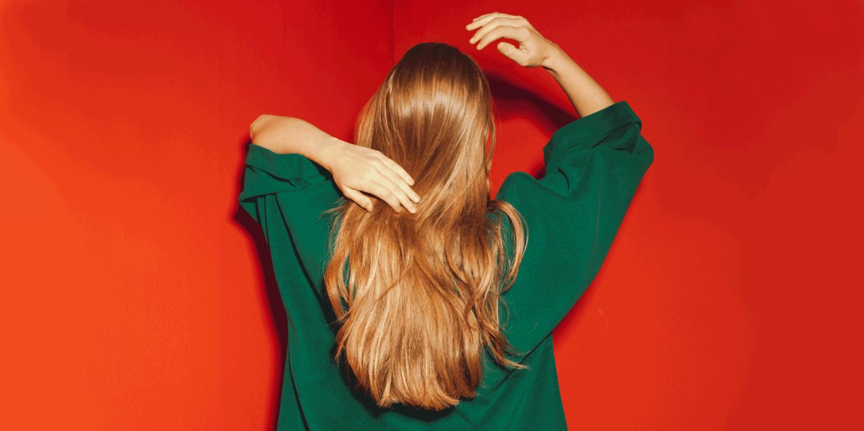 هل يزيد البيوتين نمو الشعر؟ الجرعة والآثار الجانبية
