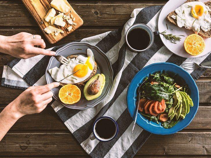 ما أهمية تناول وجبة الفطور في خسارة الوزن ؟