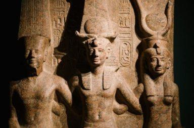 أشهر ملكات عرفهن التاريخ - نظرةً أقرب على حياة وإنجازات أشهر الملكات في التاريخ في النفوذ والسلطة على مدار التاريخ القديم