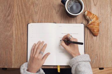 خمسة أسئلة عليك طرحها على نفسك قبل تحديد الهدف - الوصول إلى الأهداف الصحيحة - سبب رغبتك في تحقيق هدفك - السعي وراء تحقيق الأهداف