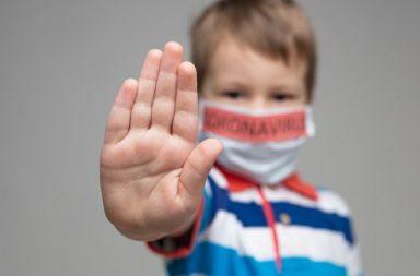 ينقل الأطفال فيروس كورونا بصمت، فما أشيع الأعراض التي تكشف إصابتهم - الأطفال المصابين بسارس كوف-2 - الأطفال المصابين بكوفيد-19