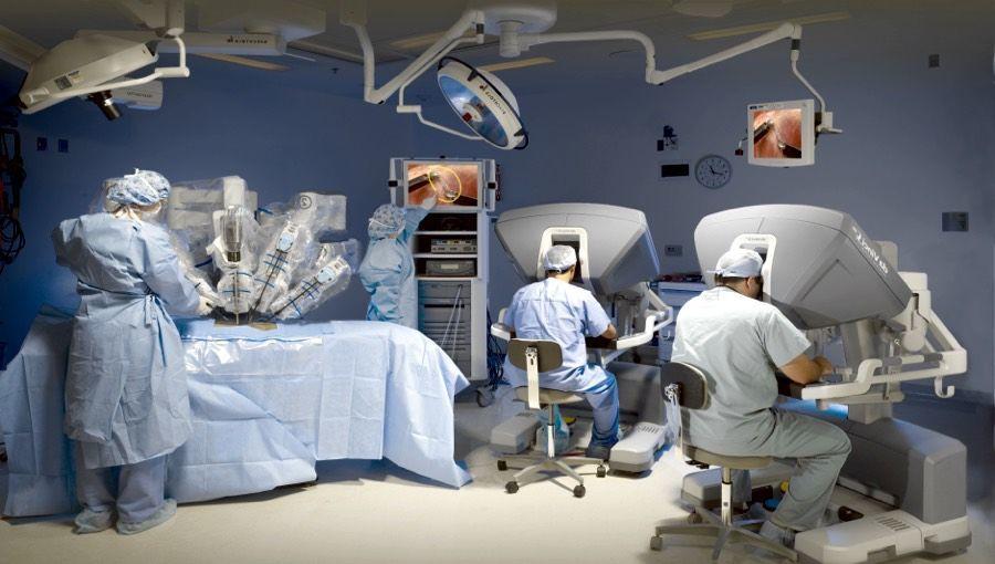 الهيئة الأمريكية للغذاء والدواء تحذر من استخدام الروبوت لاستئصال سرطان الثدي