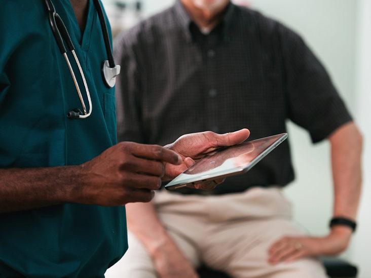 البوتاسيوم: الأسباب والعلاج doctor-patient-732x5