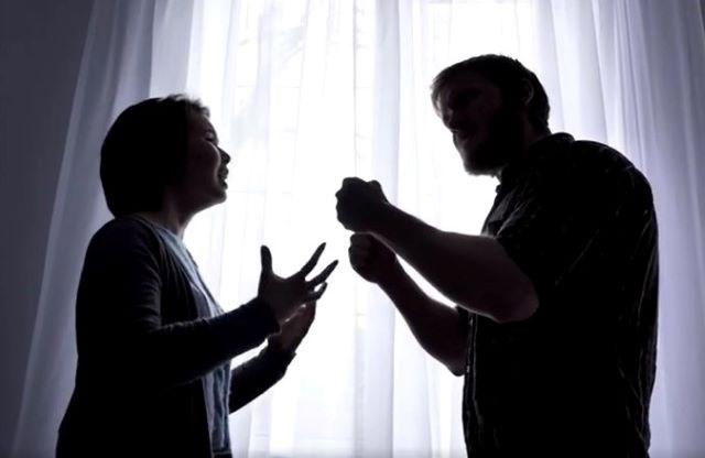 يتوق البشر إلى العنف مثلما يتوقون إلى الجنس - ماذا يقول علم النفس عن العنف والعدوانية وهل هو متأصل في جذورنا - إطلاق نار جماعي